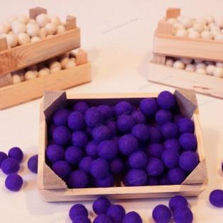 2 cm boyutlarında Yün keçe toplar